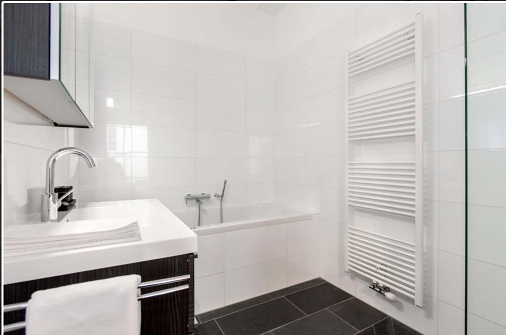 00010EXCEPTIONAL-KEIZERSGRACHT-APARTMENT-AMSTERDAM