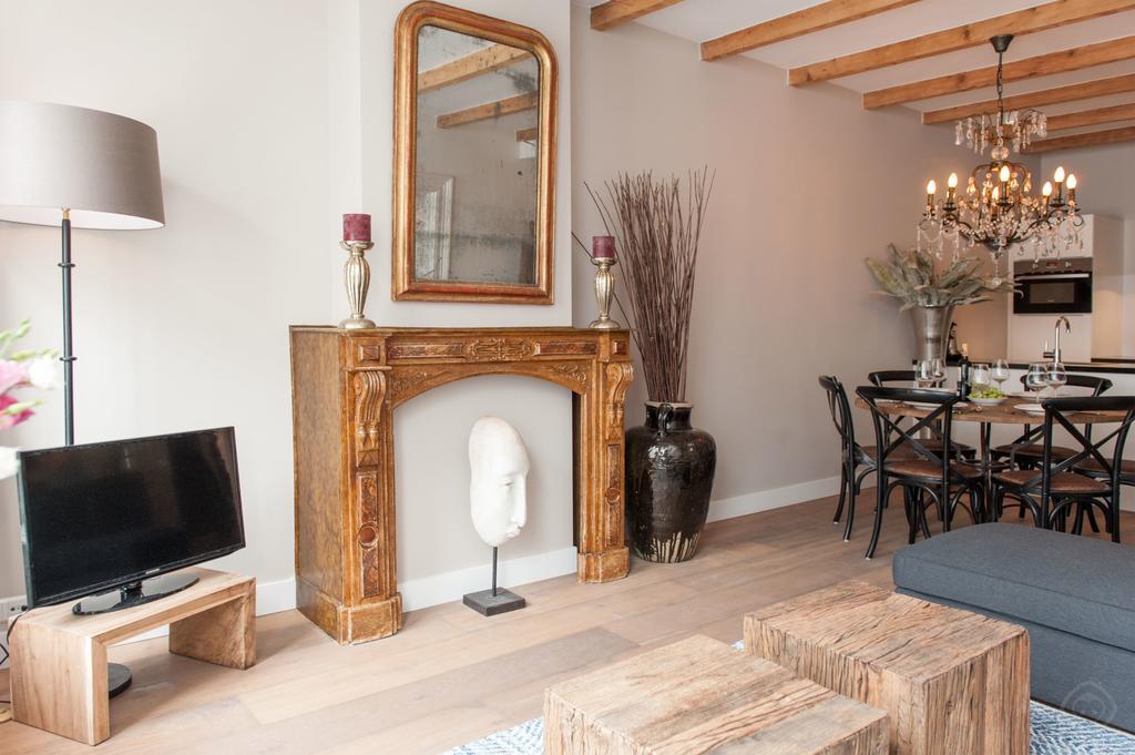 00005DE-PIJD-luxury-2-bedrooms-amsterdam