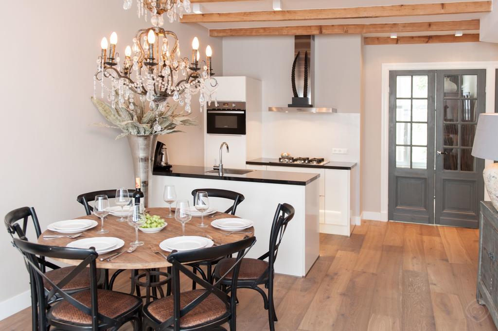 00007DE-PIJD-luxury-2-bedrooms-amsterdam