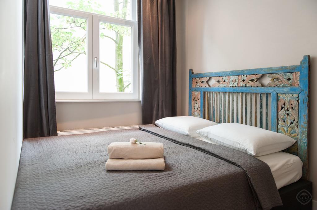 00012DE-PIJD-luxury-2-bedrooms-amsterdam