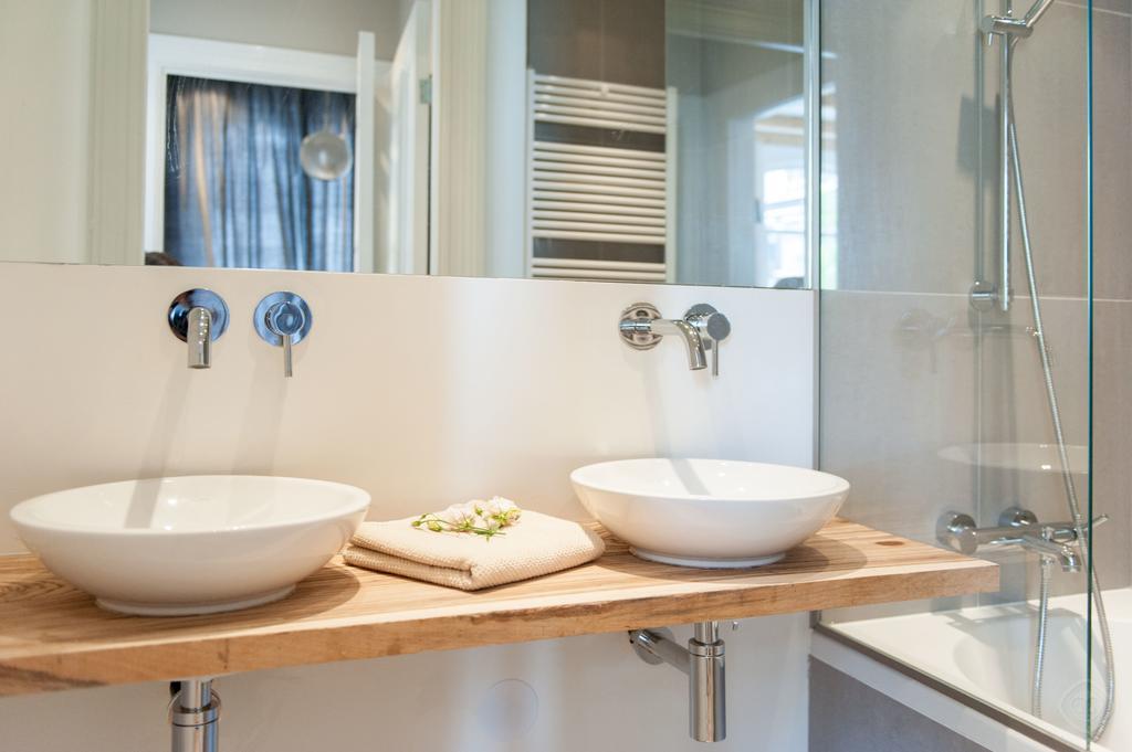 00016DE-PIJD-luxury-2-bedrooms-amsterdam