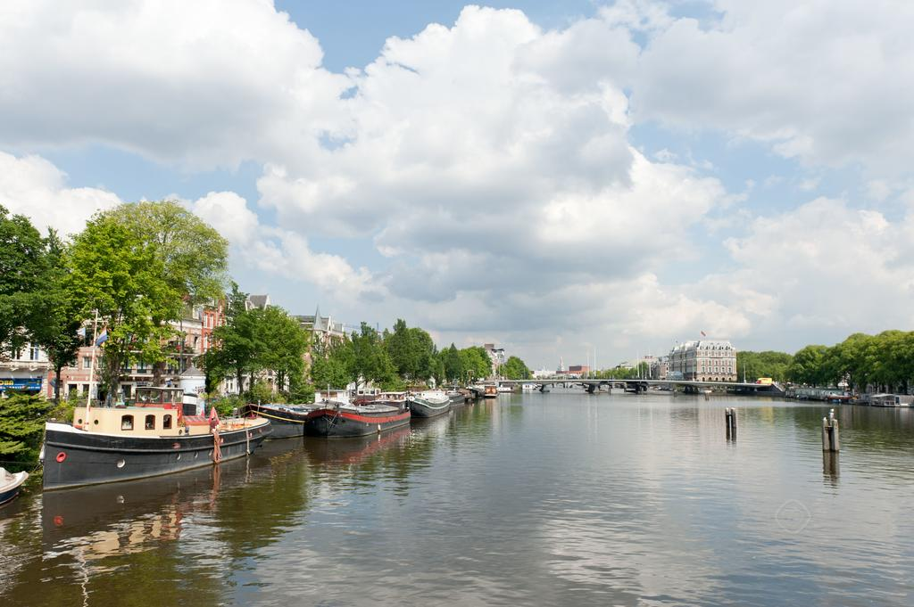 00018DE-PIJD-luxury-2-bedrooms-amsterdam