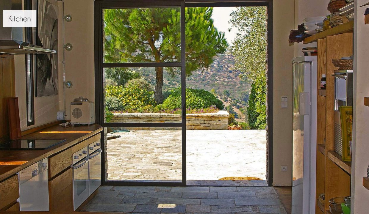 00012-LUXURY-VILLA-IN-SAINT-FLORENT-CORSICA