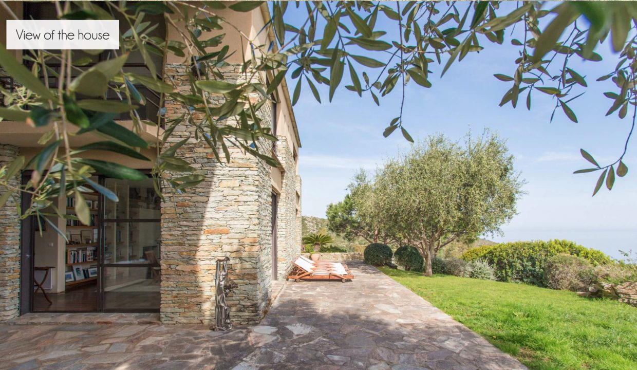 00020-LUXURY-VILLA-IN-SAINT-FLORENT-CORSICA