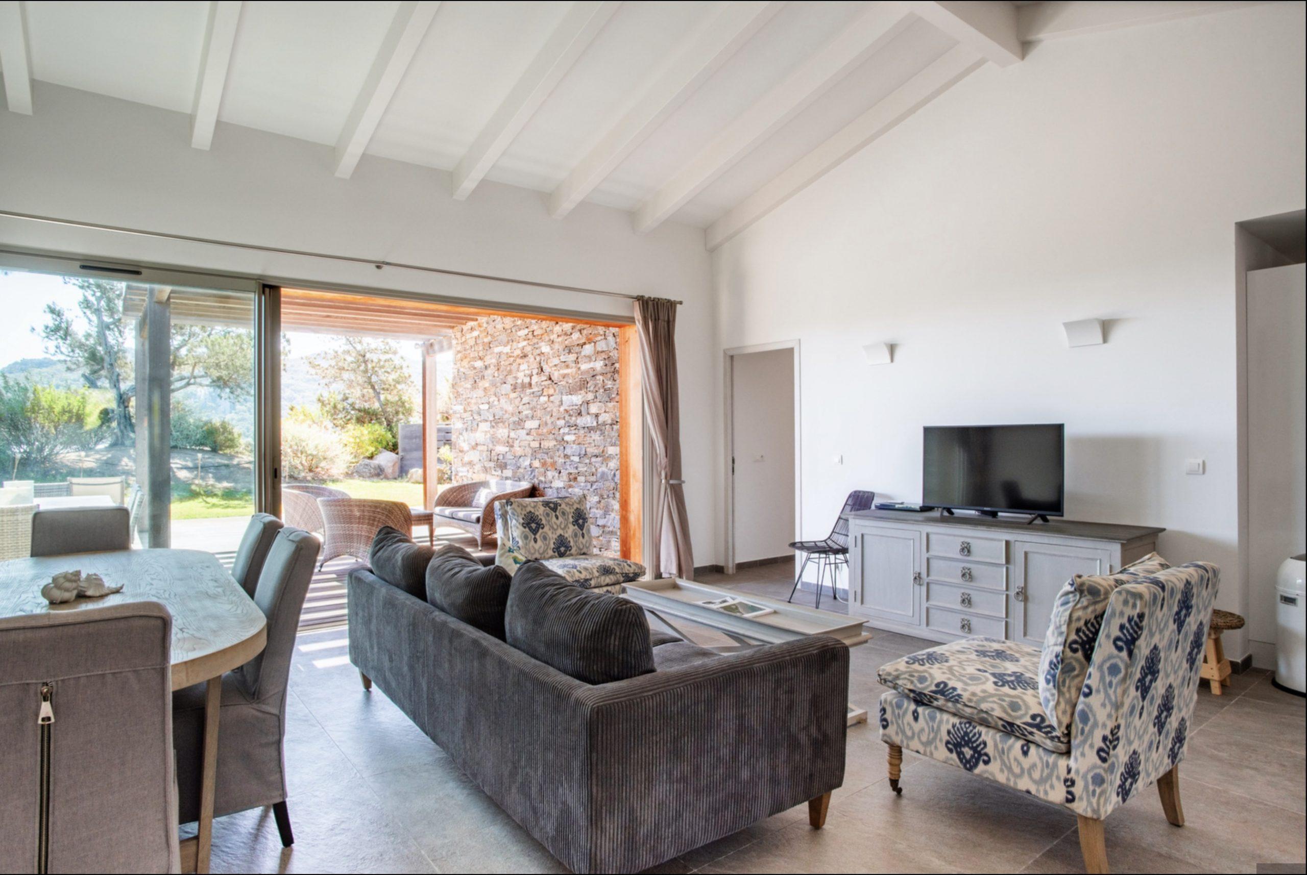 SANTA GIULIA BEACH HOUSE CORSICA