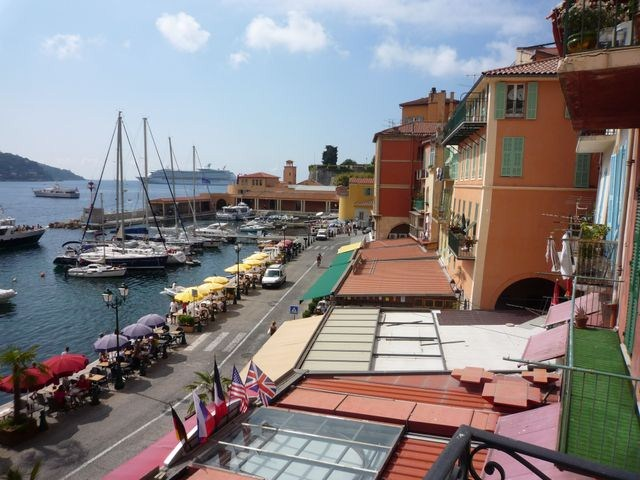BEAUTIFUL LUXURY LARGE APARTMENT IN VILLEFRANCHE