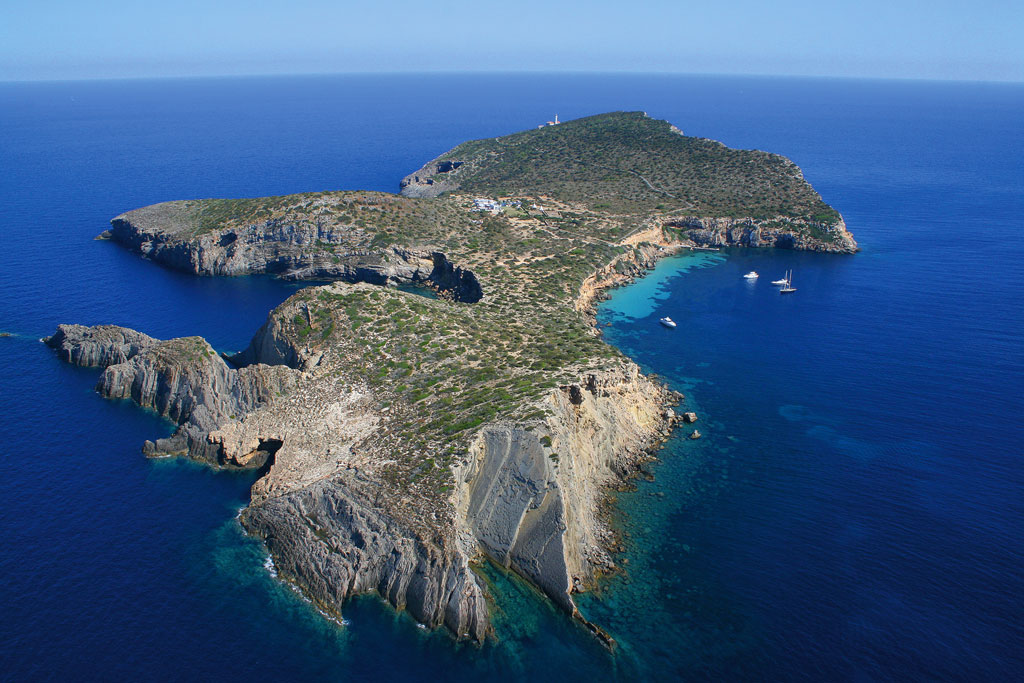 RENT YOUR OWN PRIVATE ISLAND WITH STAFF NEAR IBIZA SPAIN