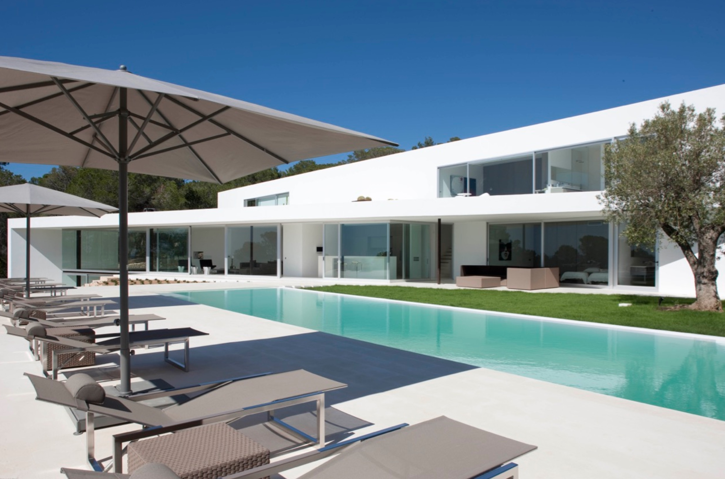 SUPER LUXURY DESIGN VILLA IBIZA SPAIN