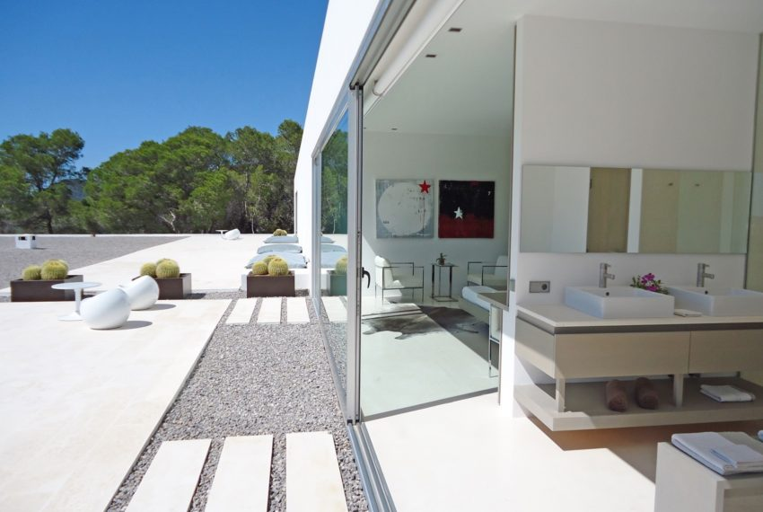 00013-SUPER-LUXURY-DESIGN-VILLA-IBIZA-SPAIN-