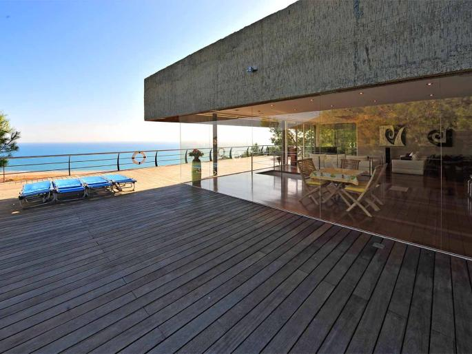 LUXURY DESIGN BEACH VILLA IN SITGES NEAR BARCELONA