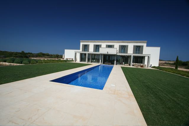 EXCEPTIONAL CONTEMPORARY VILLA IN TORRET DE BAIX MENORCA SPAIN
