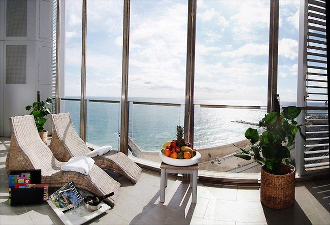 BEAUTIFUL SEAVIEW PENTHOUSENEAR BEACH IN BARCELONA