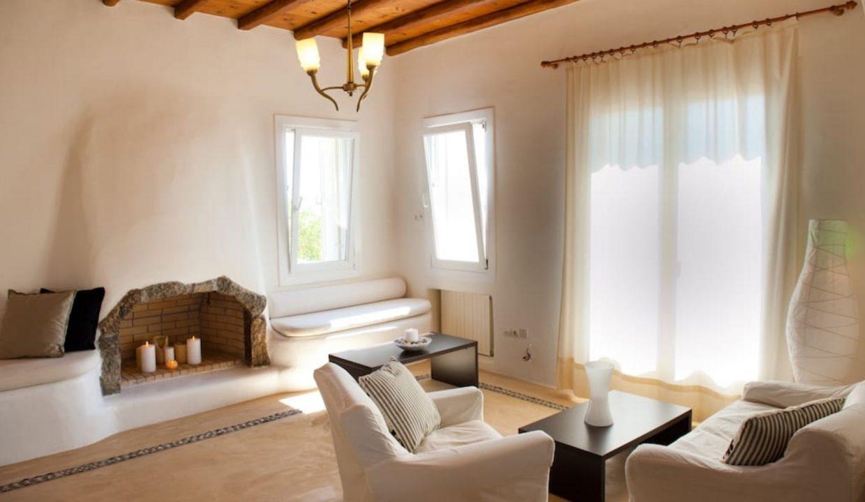 00012Luxe-Apartments-Rentals-mykonos-villa-greece