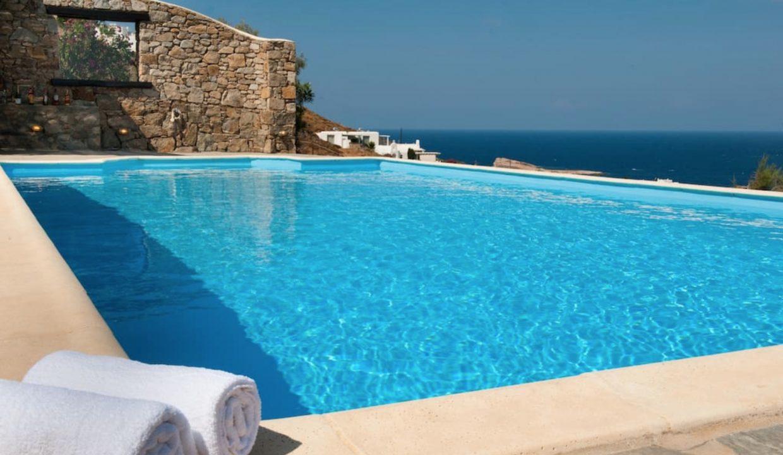 00011Luxe-Apartments-Rentals-mykonos-villa-greece