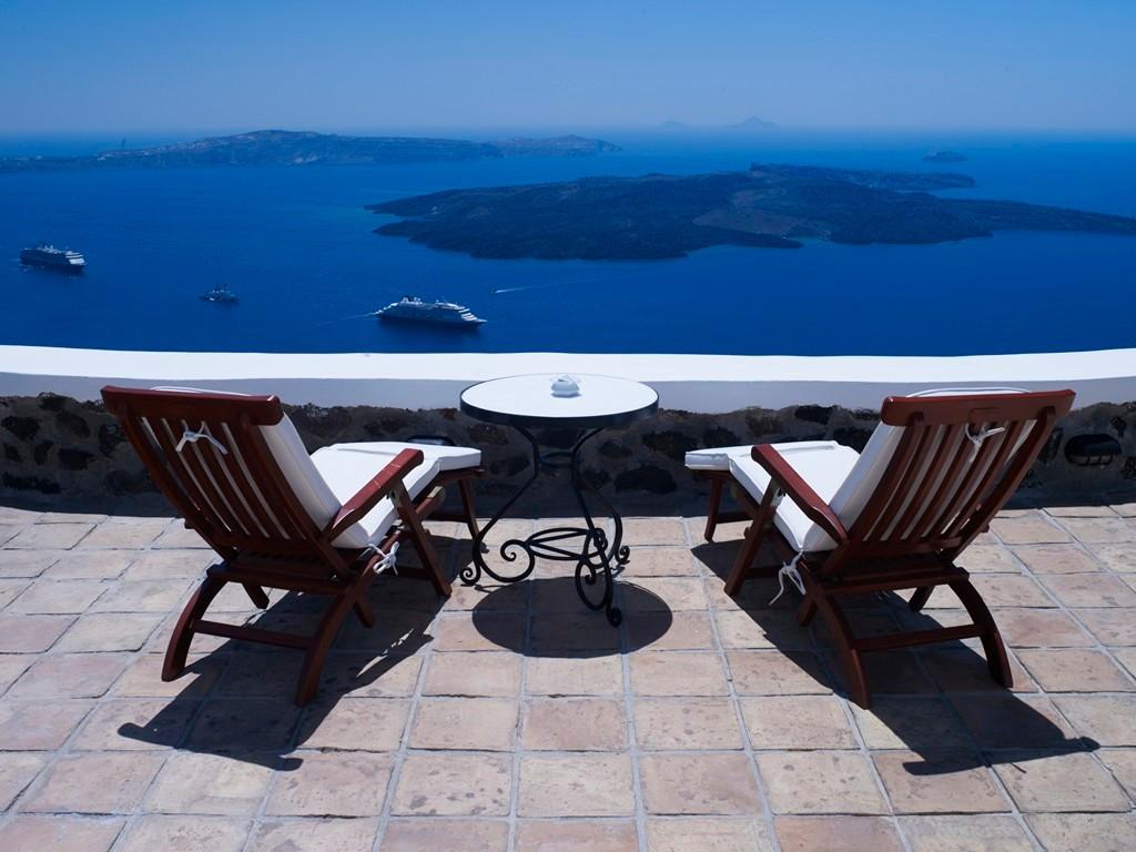 REATHTAKING VIEW VILLA IN  SANTORINI GREECE SANTORINI