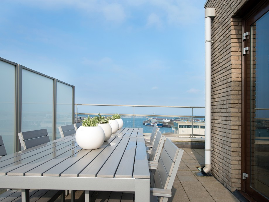 00009-HARBOUR-LUXURY-PENTHOUSE
