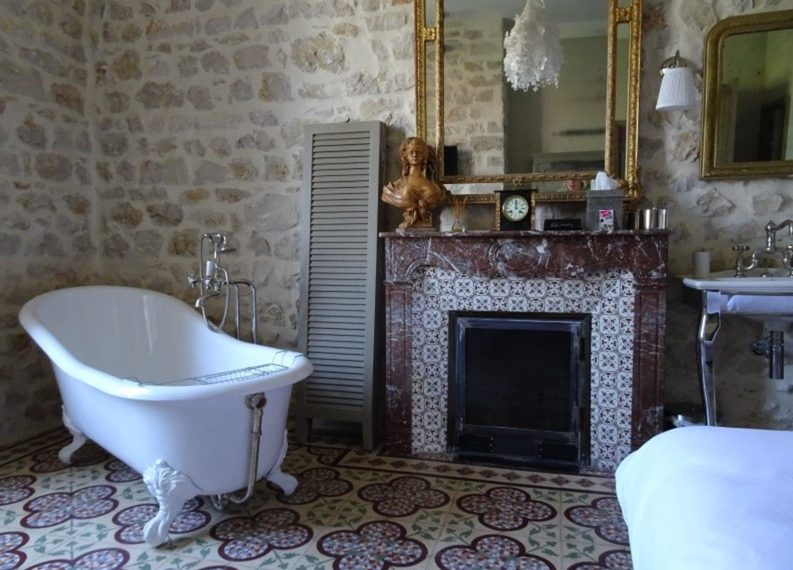 00010MAS-PROVENCE-NEAR-SAINT-REMY-FOR-SALE-