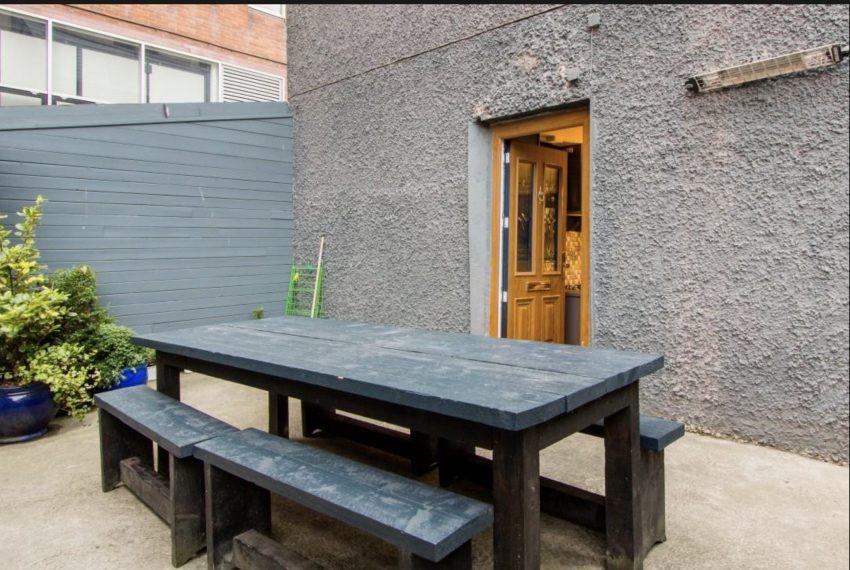 8-DUBLIN-CENTER-TOWNHOUSE