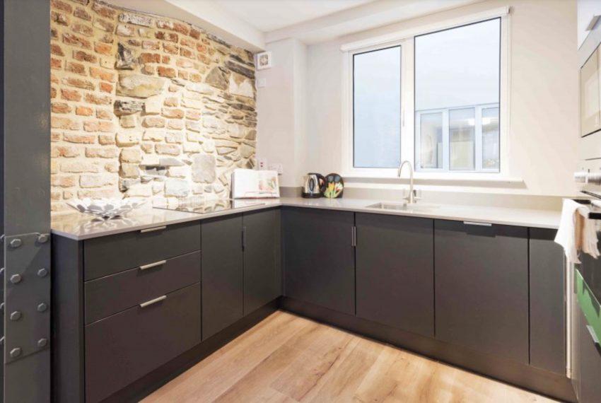00013-2-bedrooms-design-temple-bar