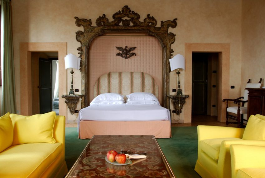On the seafront and the doorstep of Rome, an opulent Estate Italy-4939
