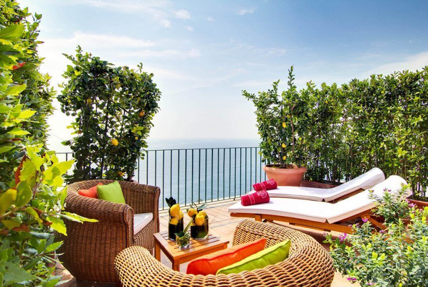 00033-a-magical-sea-view-villa-with-roof-garden-amalfi-italy