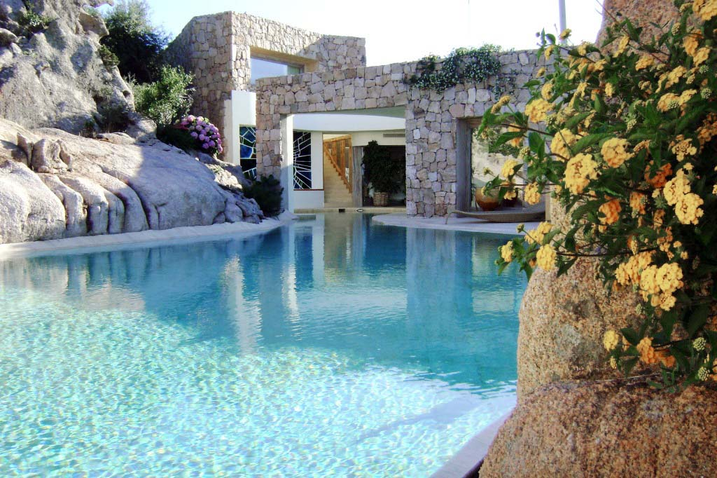 LUXURY VILLA  WITH STUNNING VIEWS SARDINIA