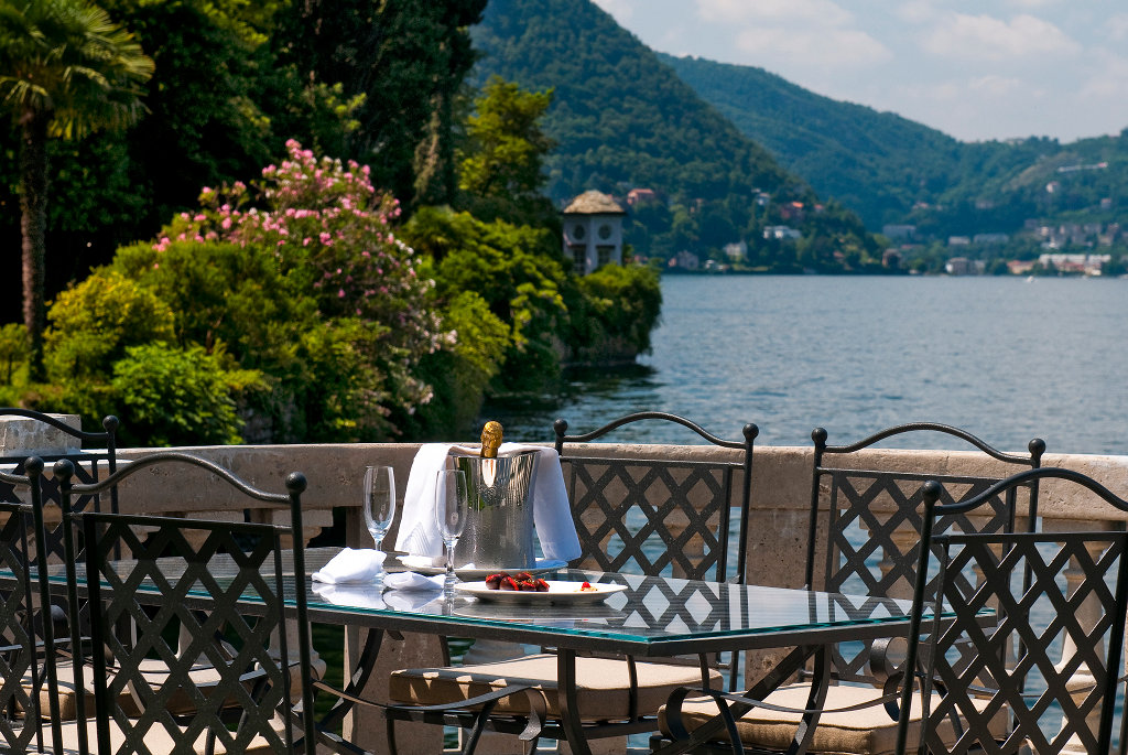 THE ULTIMATE LAKE COMO EXPERIENCE