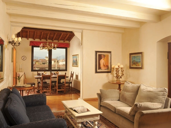 ELEGANT PENTHOUSE HISTORICAL CENTER OF FLORENCE