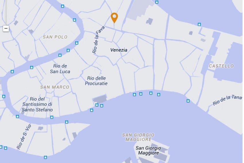 Luxury Apartment on Canal near Rialto Bridge Venice-033