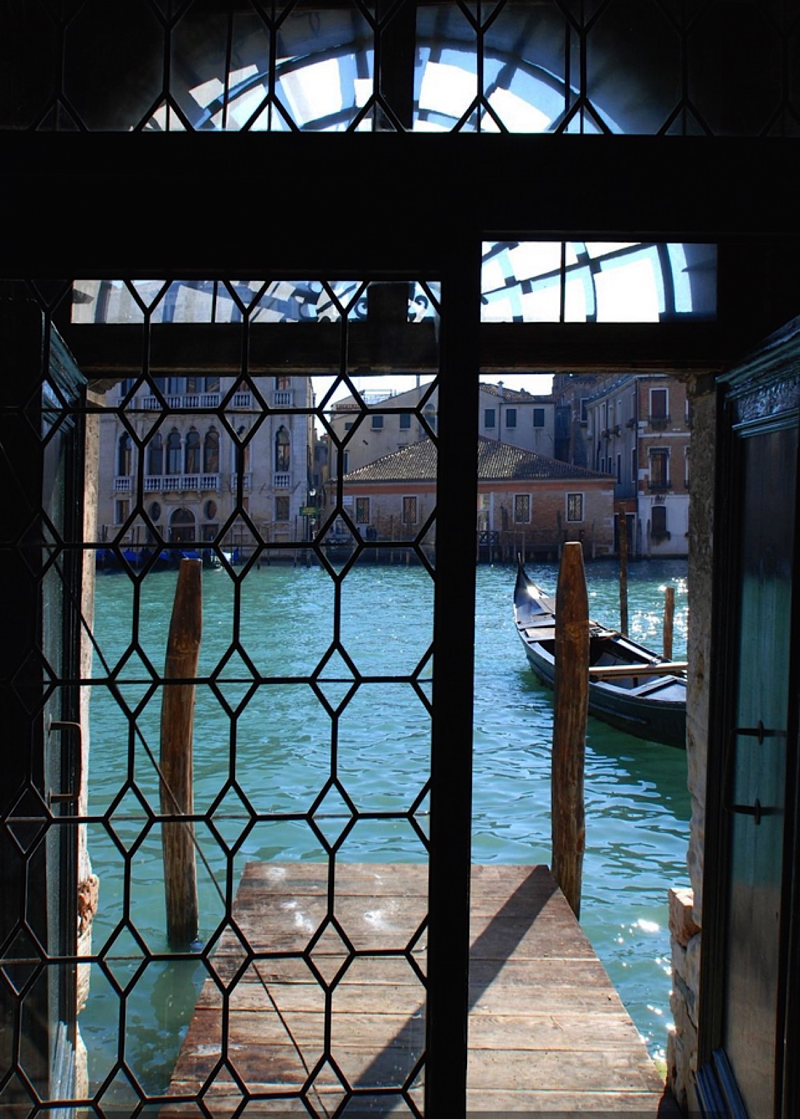 LUXURY ACCOMMODATION IN A 16TH CENTURY PALAZZO VENICE