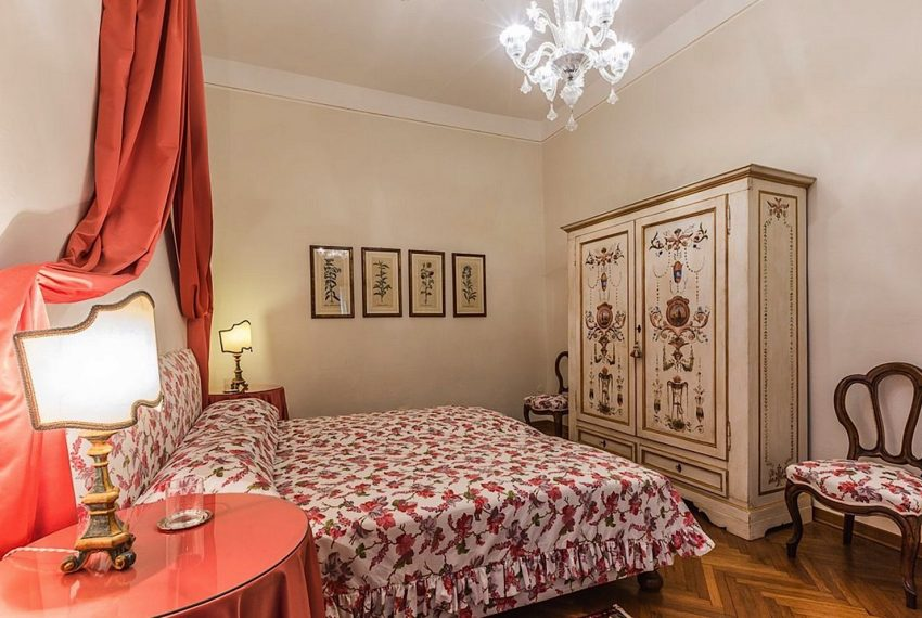 Luxury Accommodation in a 16th Century Palazzo Venice-013