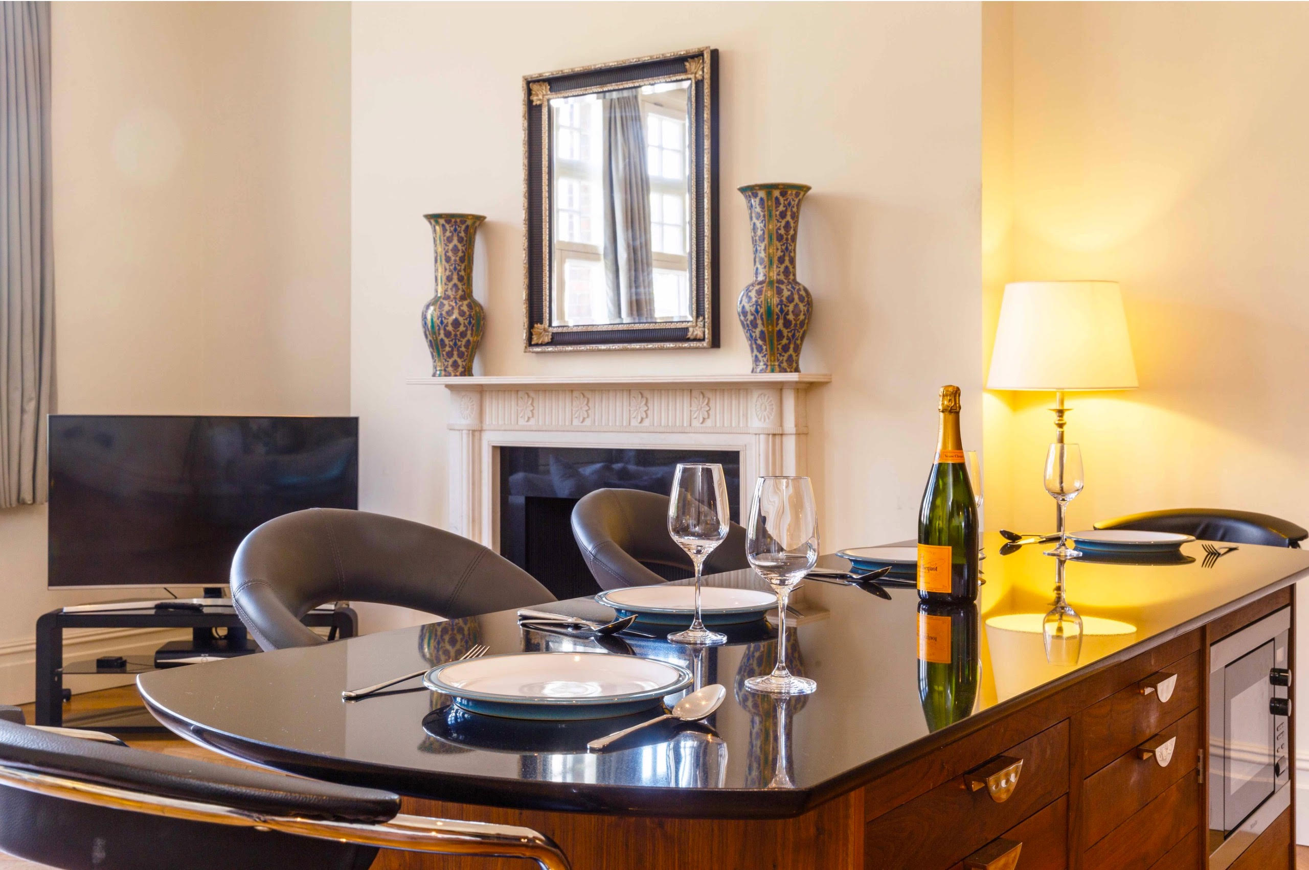 THE HEART OF KNIGHTSBRIDGE LONDON - Luxe Apartments Rentals