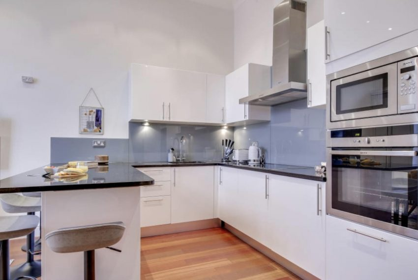 00005-SOUTH-KENSINGTON-2-BEDROOMS-ONE-BATHROOM-LONDON