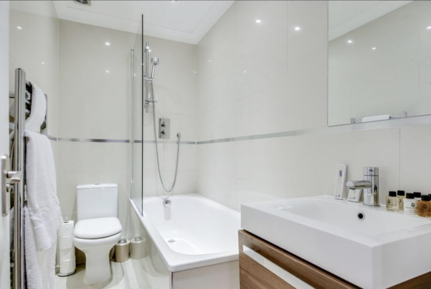 00008-SOUTH-KENSINGTON-2-BEDROOMS-ONE-BATHROOM-LONDON