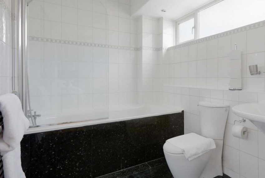 00010-HYDE-PARK-LUXURY-HOUSE-LONDON-