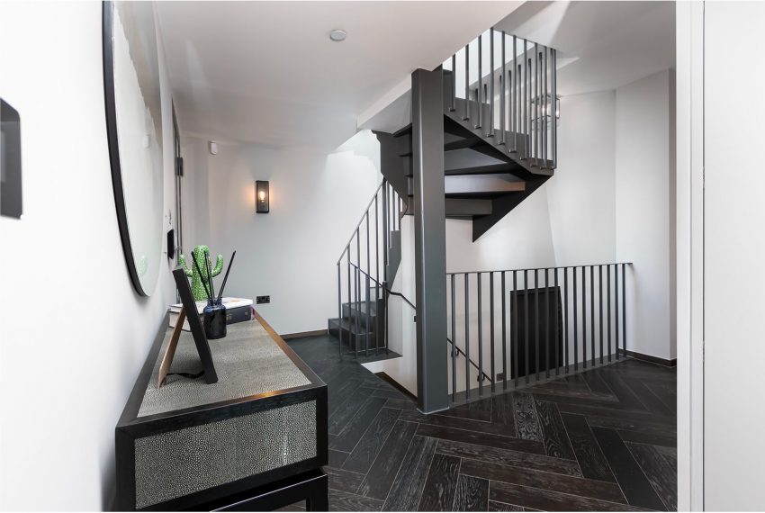 00009-luxury-terraced-penthouse-soho-london