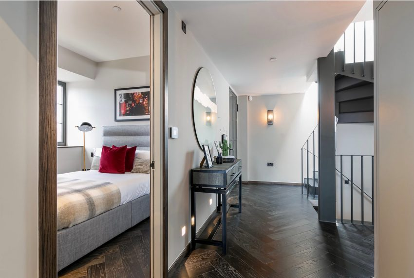 00017-luxury-terraced-penthouse-soho-london