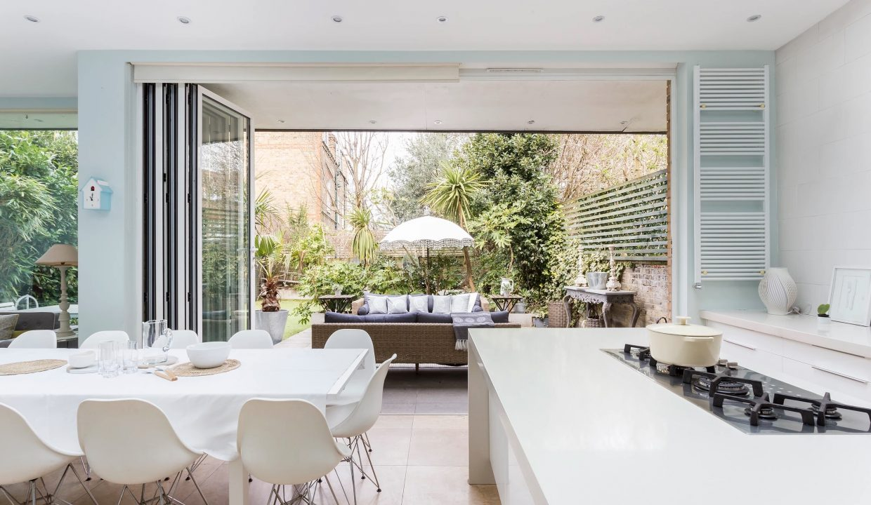 00018-LUXURY-VILLA-VACATION-RENTAL-LONDON