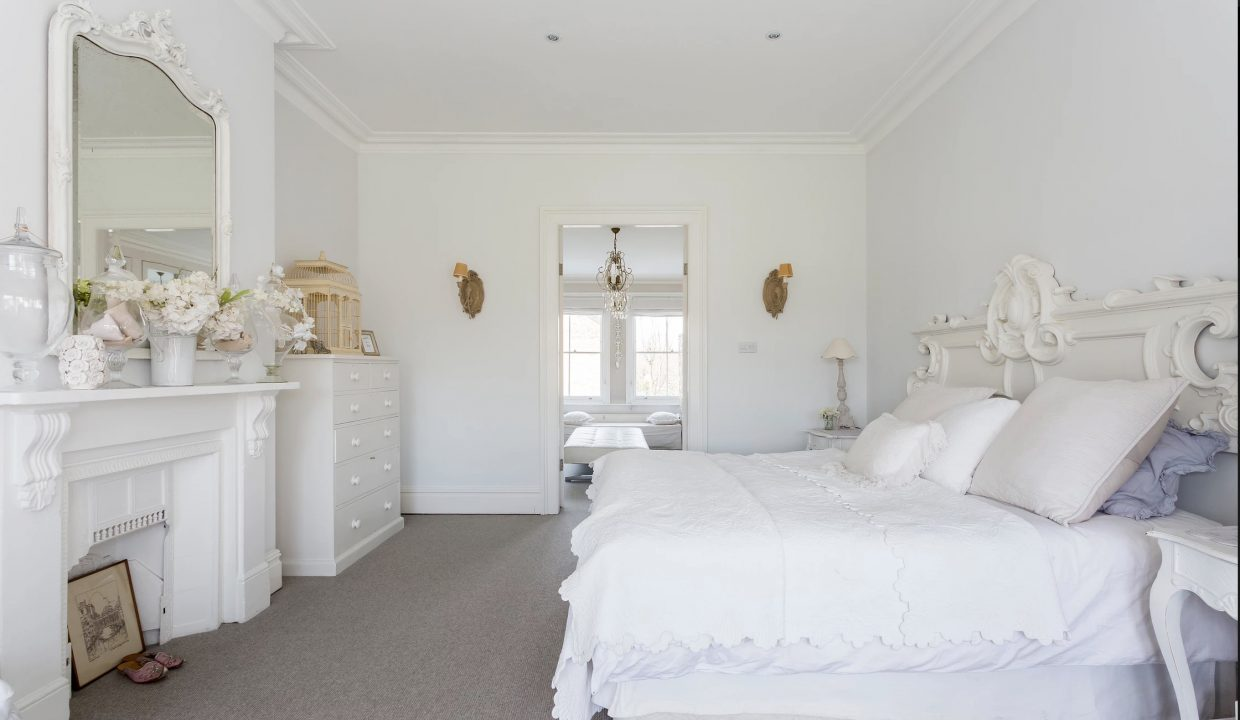 00026-LUXURY-VILLA-VACATION-RENTAL-LONDON