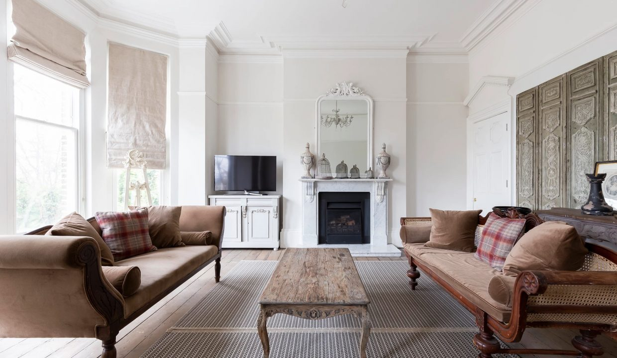 00012-SOUTH-LONDON-LUXURY-MANSION-FOR-20