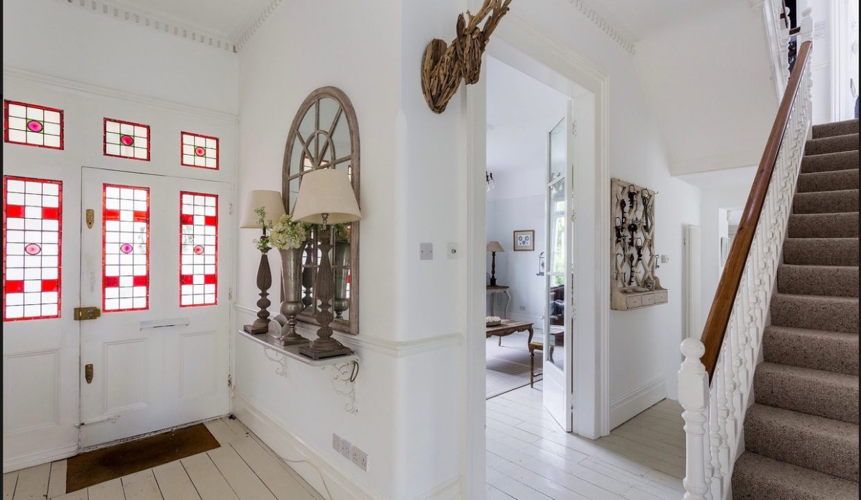 00005-streatham-luxury-house