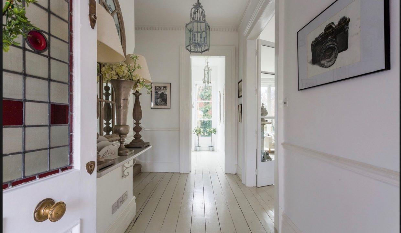 00006-streatham-luxury-house