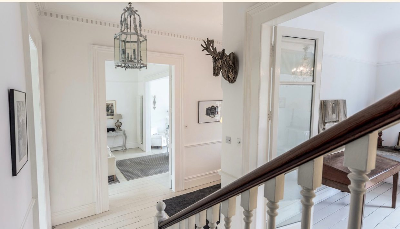 00037-streatham-luxury-house