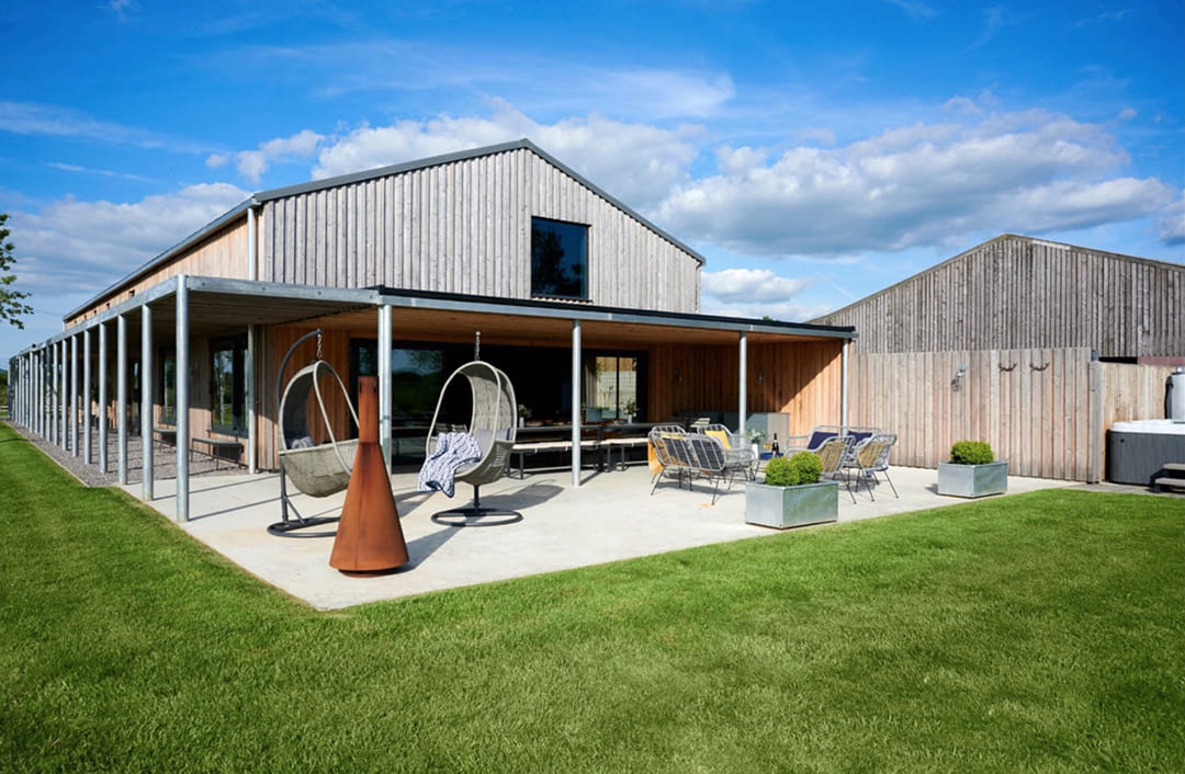 00011-luxury-barn-in-the-country