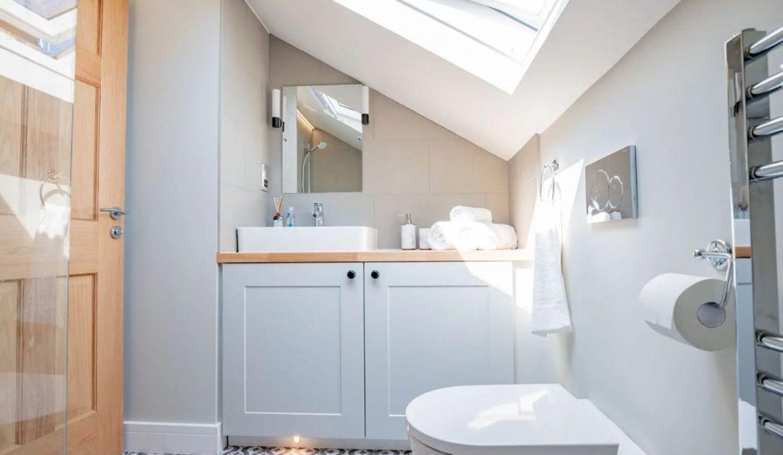 00001-luxury-pet-friendly-two-bedroom