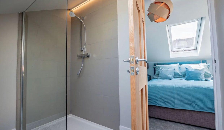 00008-luxury-pet-friendly-two-bedroom