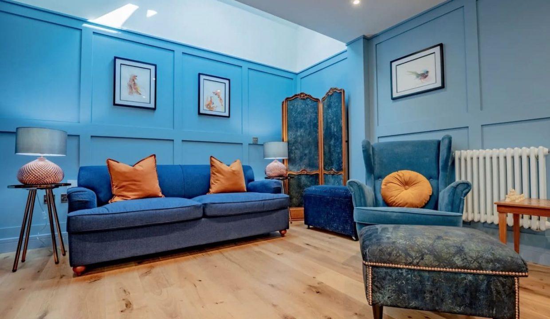00013-luxury-pet-friendly-two-bedroom