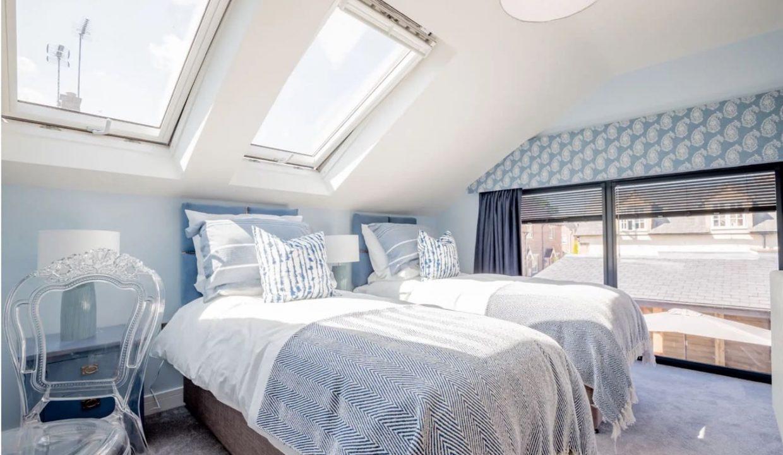 00018-luxury-pet-friendly-two-bedroom