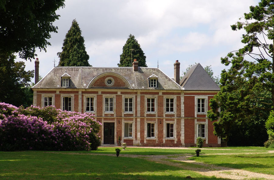 A PRIVATE MANOR IN NORMANDY, NEAR HONFLEUR & DEAUVILLE