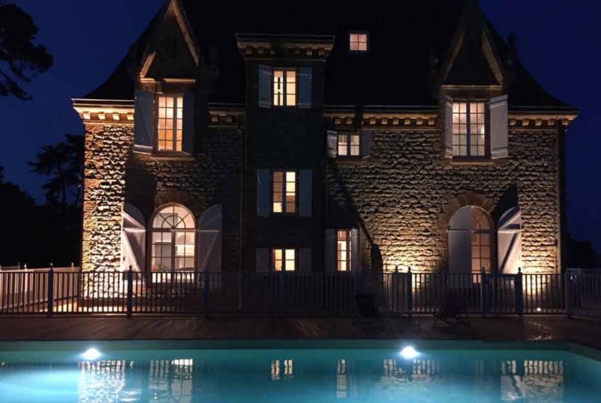 00004-luxe-apartmentsrentals-Beautiful-castle-for-rent-in-Brittany-Finistere